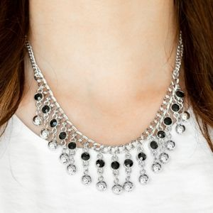 Paparazzi Pageant Queen Black Necklace Set